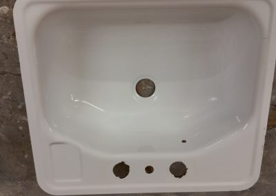 Surface Renew Old Sink After